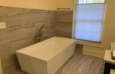 01_bathroom_remodeled.JPG