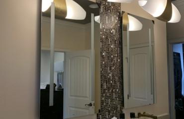 02_bathroom_remodeled.JPG