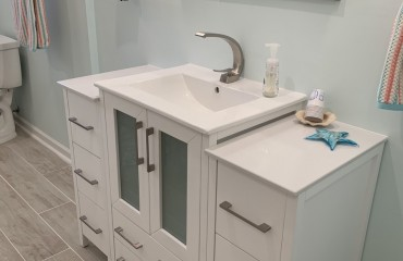 07_birmingham_bathroom_remodeled.JPG