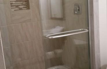 bathroom01_bathroom.jpg