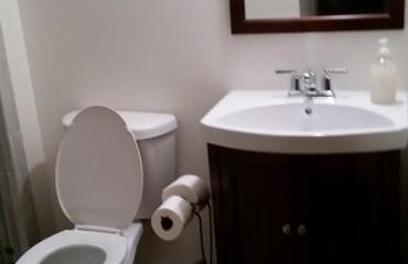 bathroom07_bathroom.jpg