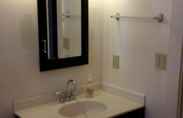 bathroom09_bathroom.jpg
