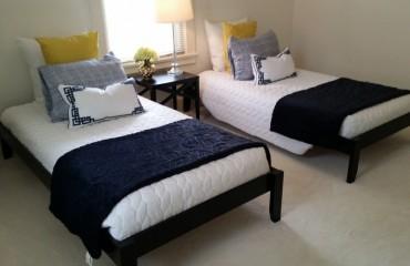 bed05_bedroom.jpg