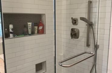 shower_glass_installed_4.JPG