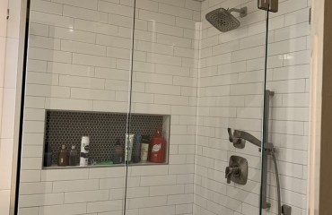 shower_glass_installed_6.JPG